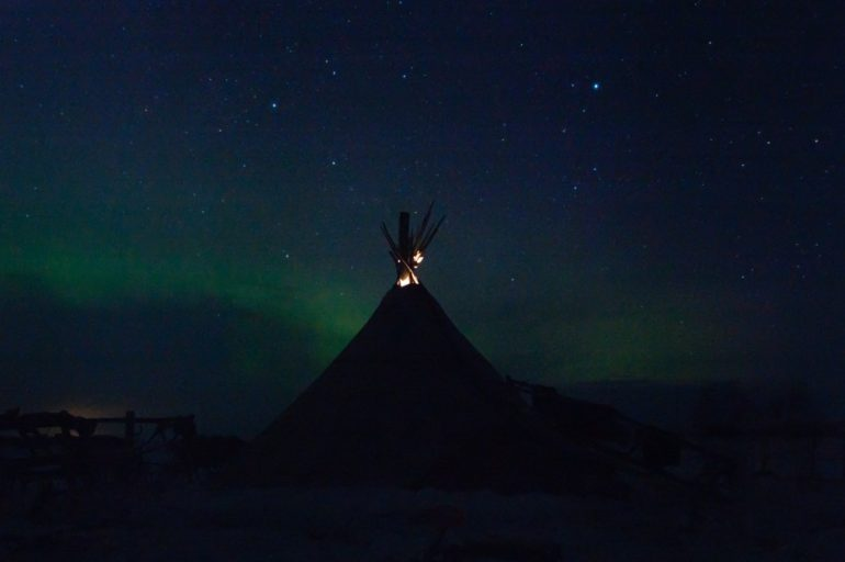 arctic russia northern lights