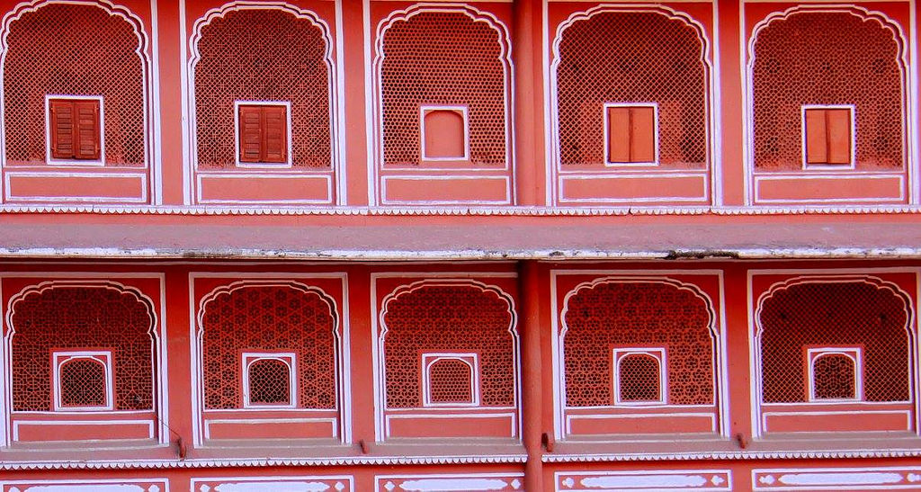 old city around the city palace jaipur