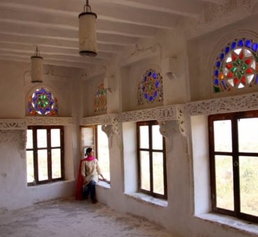 Rock Palaces and Rainbow Mosques