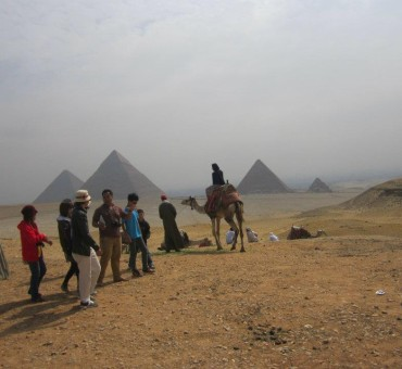 Misr's pyramid and sphinx