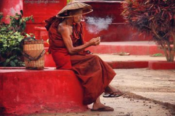 A smoking at a monastery at Indein