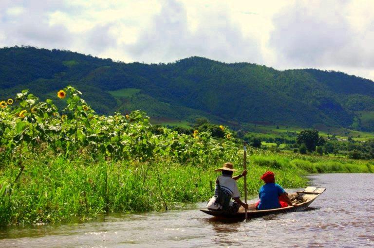 A tranquil boat ride to Samkar