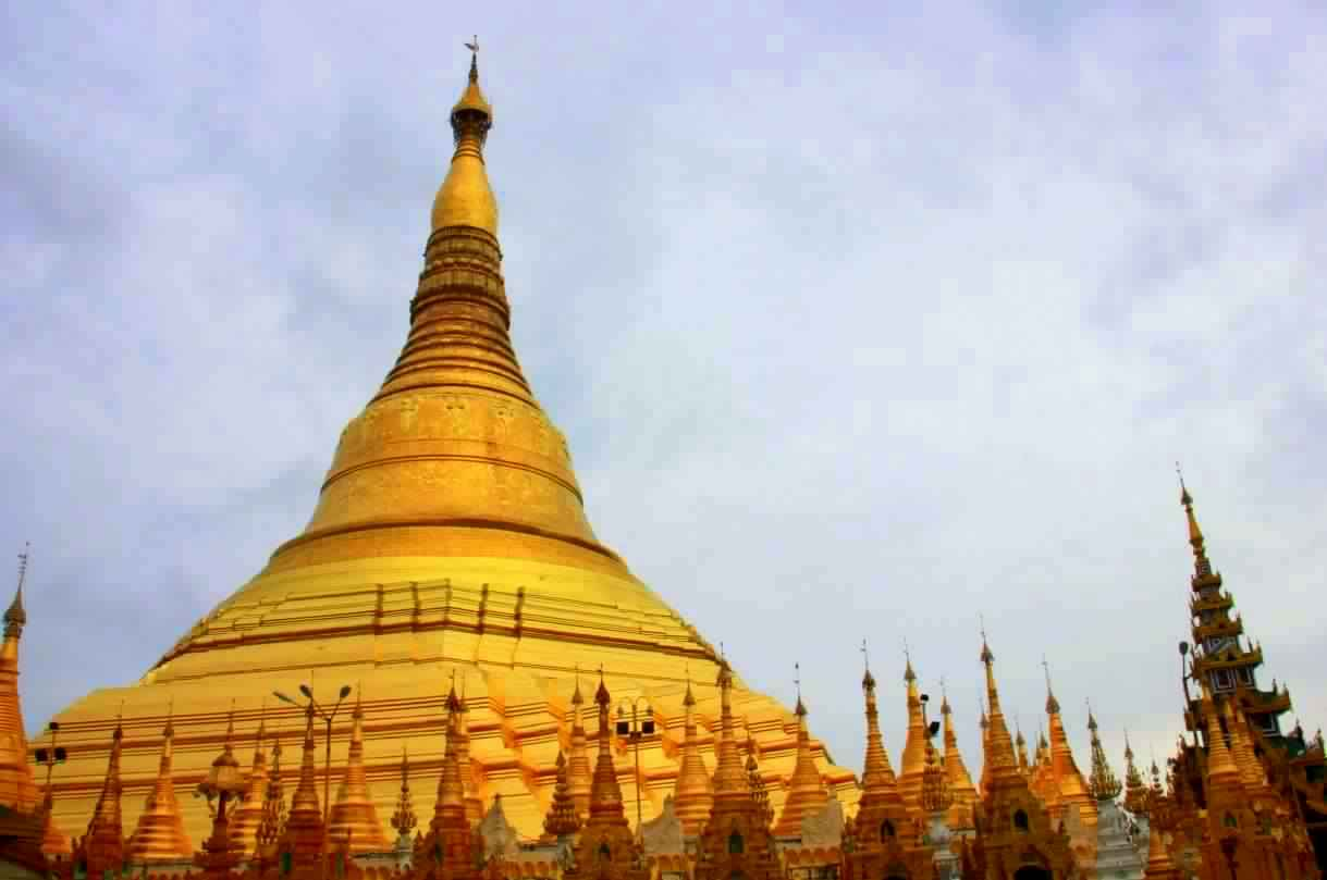 Shwedangon Pagoda of Yangon is unbelievably beautiful