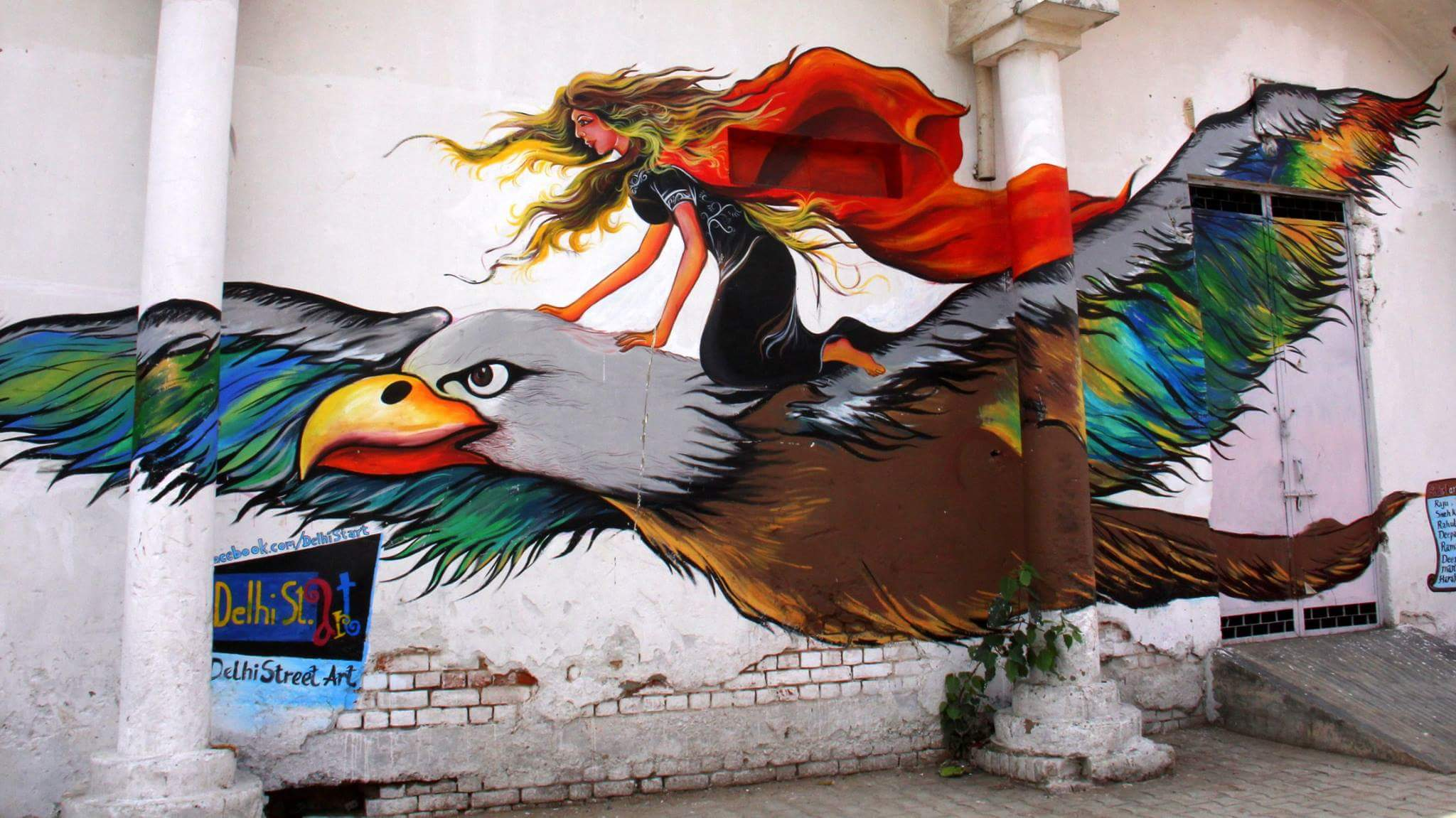 Delhi street art can also be found in some places at Connaught Place