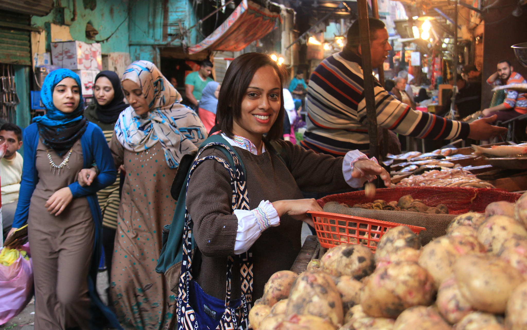 visit a local market in cairo