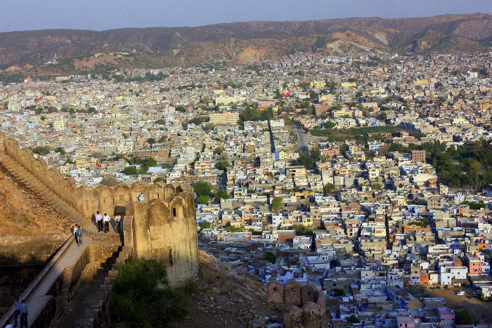 a hike is a thing to do in Jaipur with kids