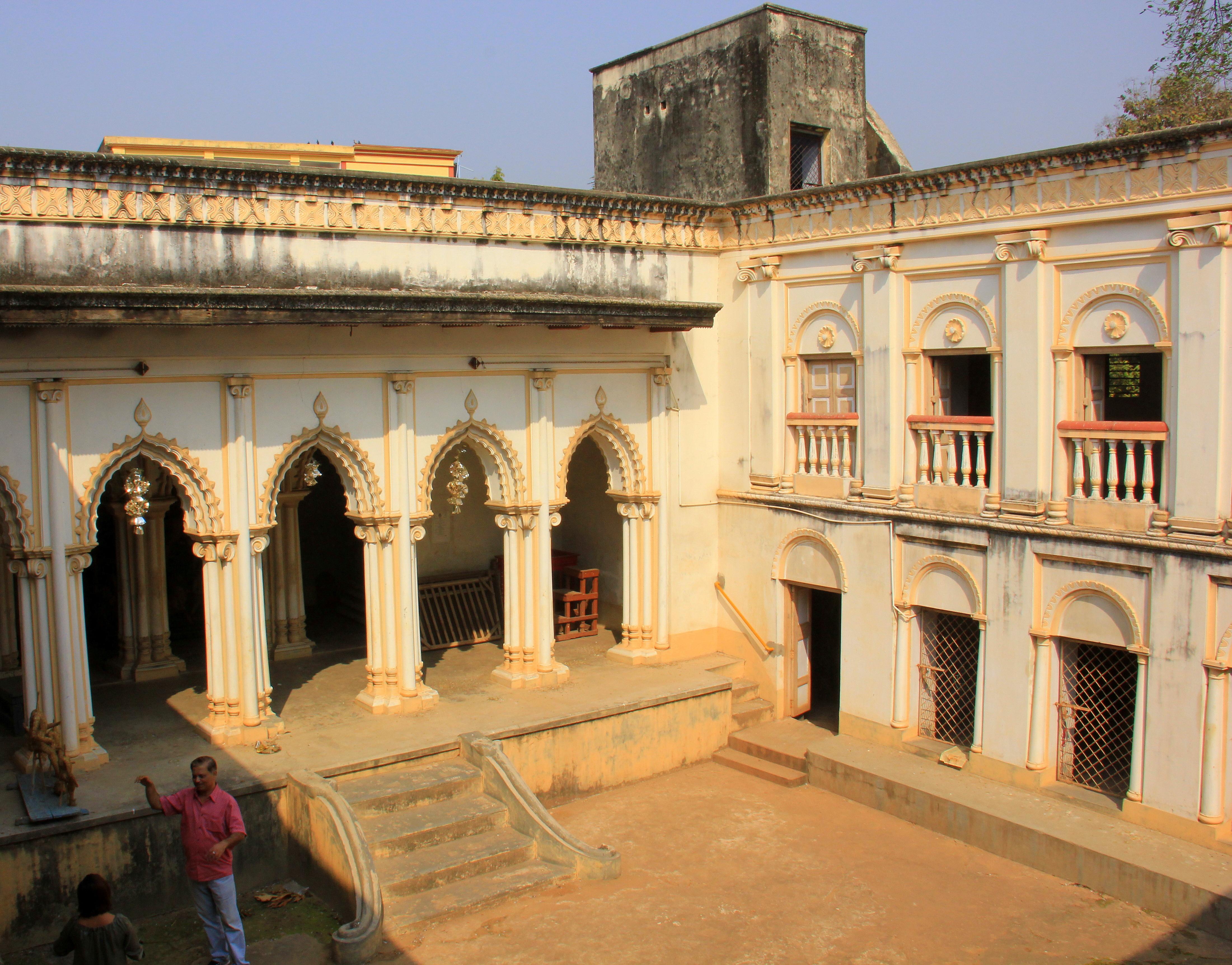 Beautiful thakur dalan at chaudhuri para amadpur