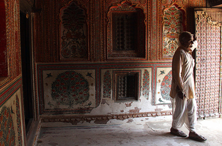 The beautiful sone chandi ki dukan in mahansar is a must visit