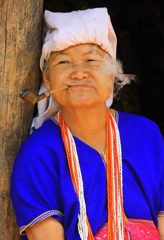 white karen lady at doi inthanon national park