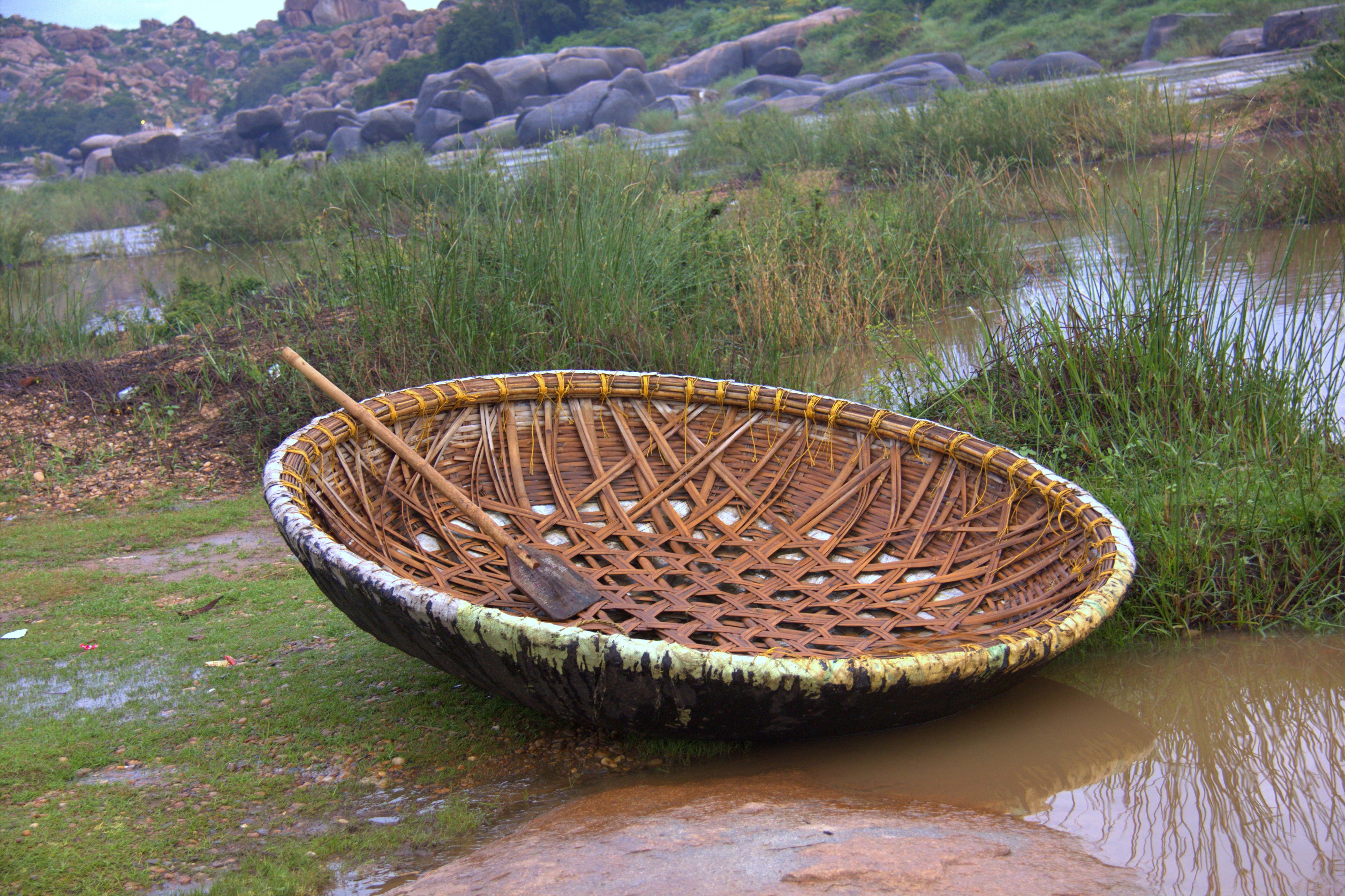 coracle boat ride during a hampi trip