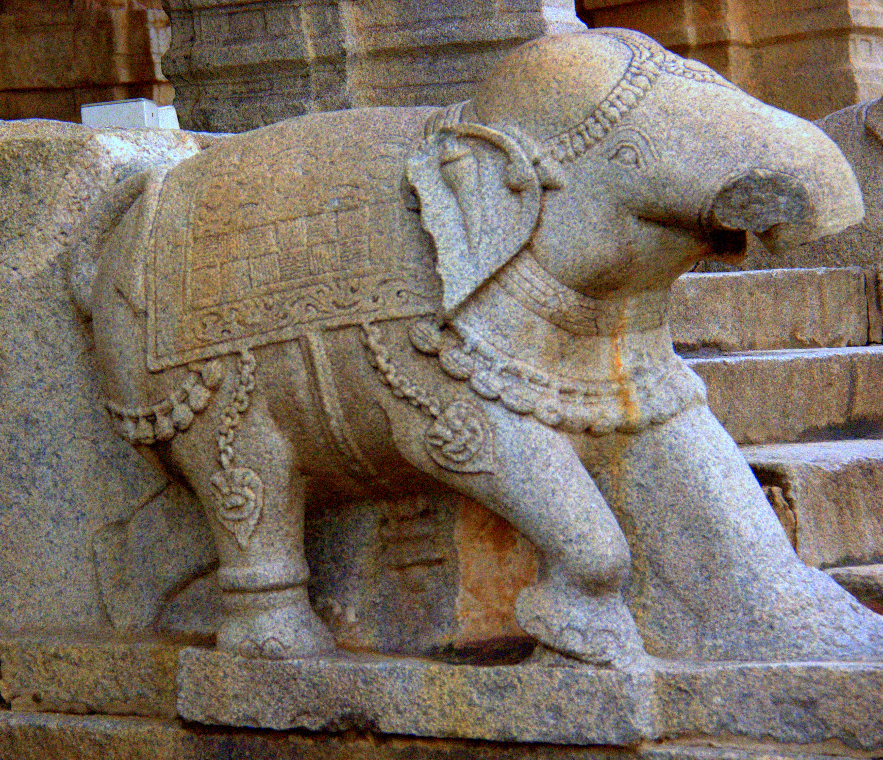 stone chariot of hampi is in vittala temple complex