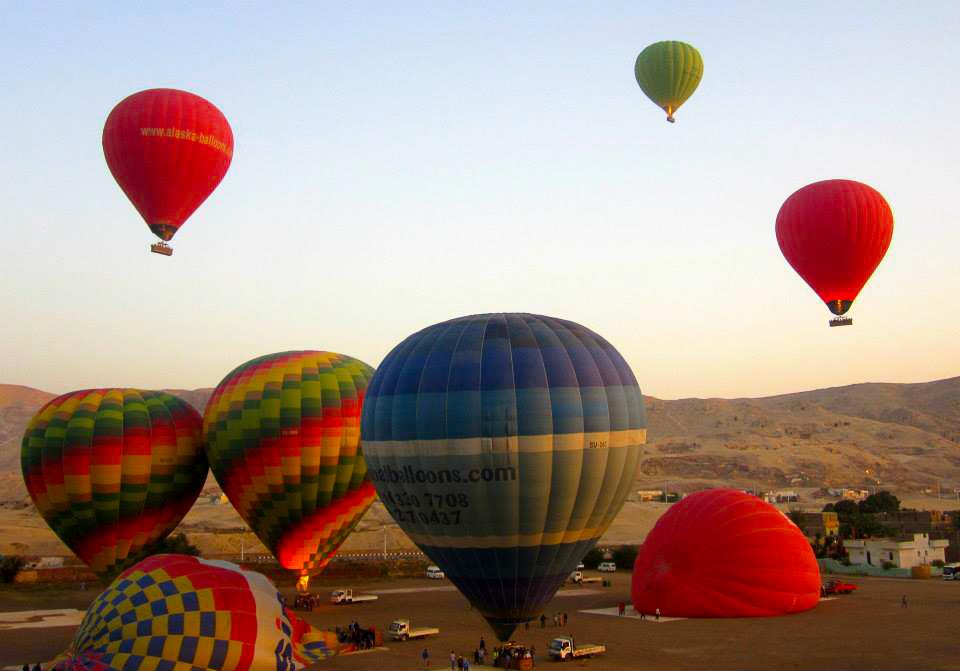 hot air ballooning at luxor west bank