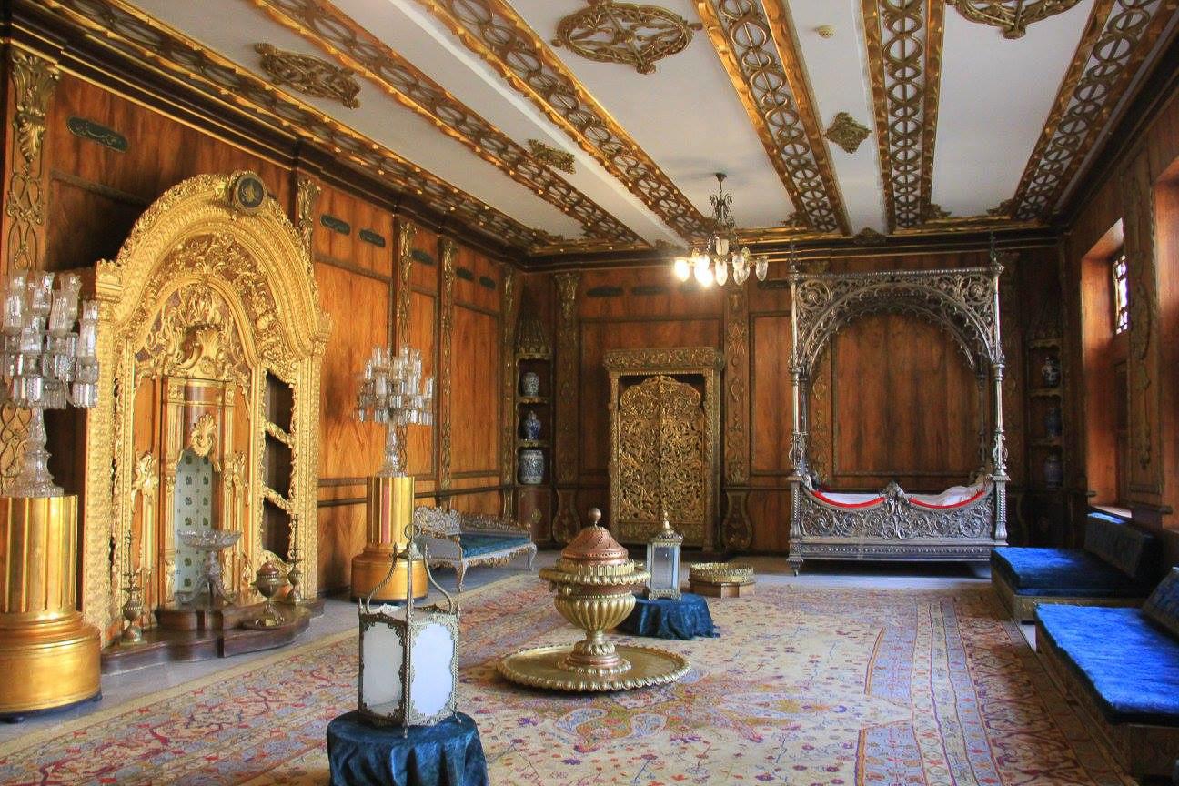 manial palace interiors