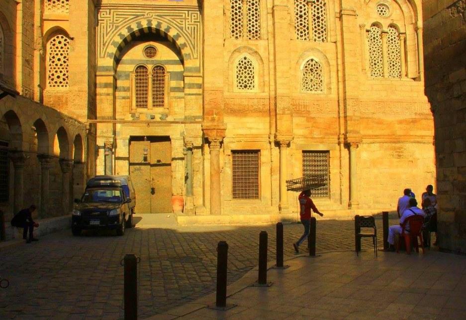 cairo muizz street