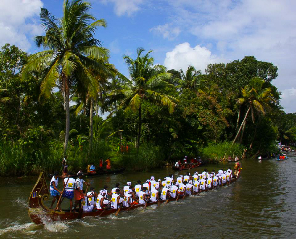 vallam kali in kuttanad