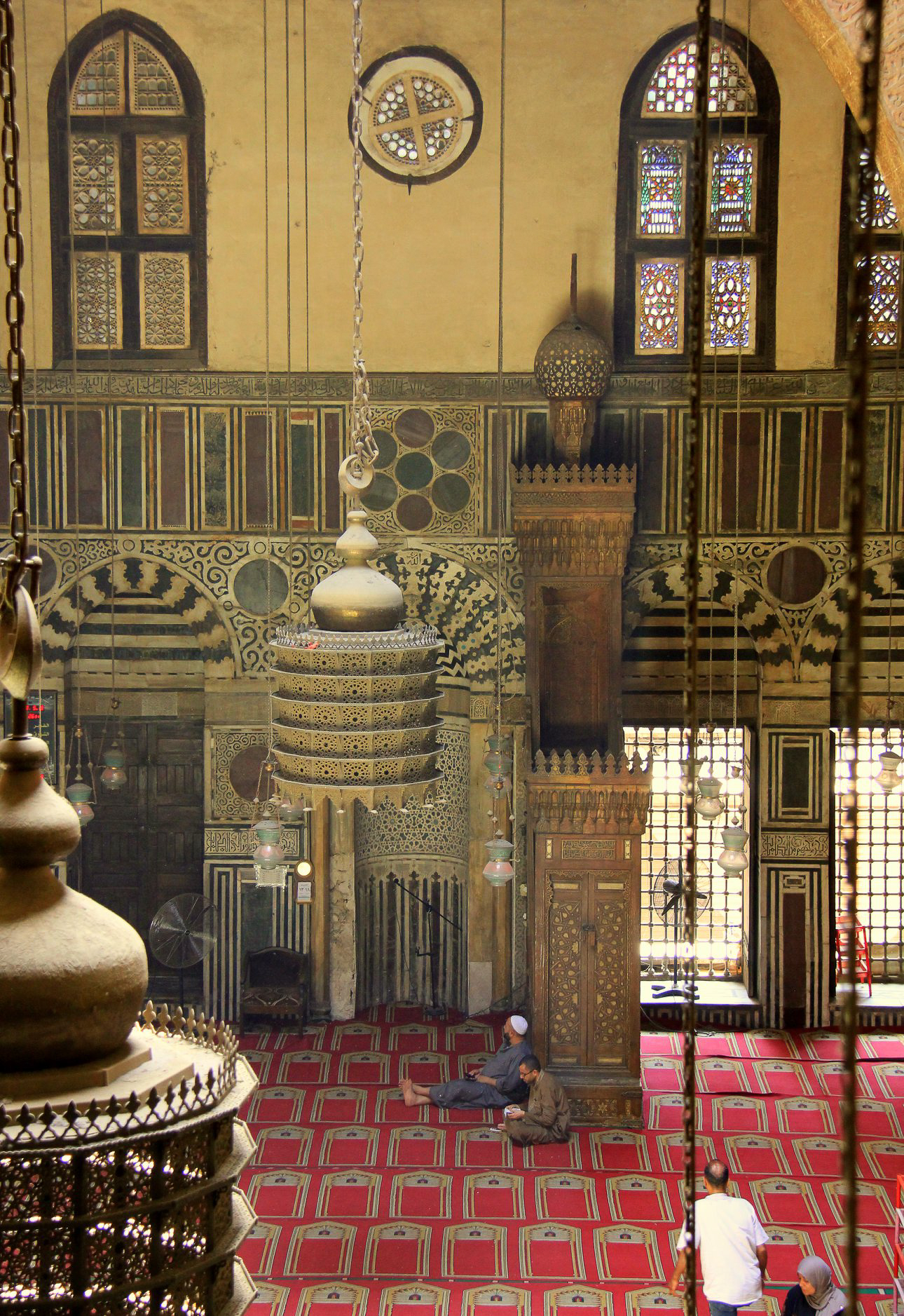 al ghuriya mosque interior